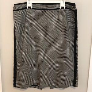 New black house white market houndstooth skirt